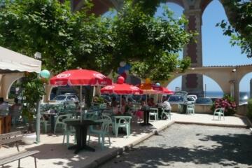 Services du Camping Azur Rivage : le bar restaurant