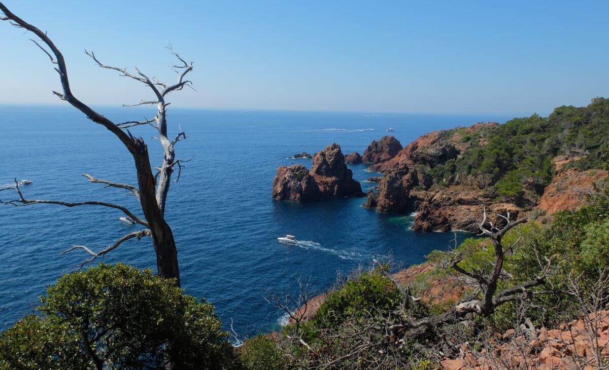 Vue du bord de mer à Anthéor